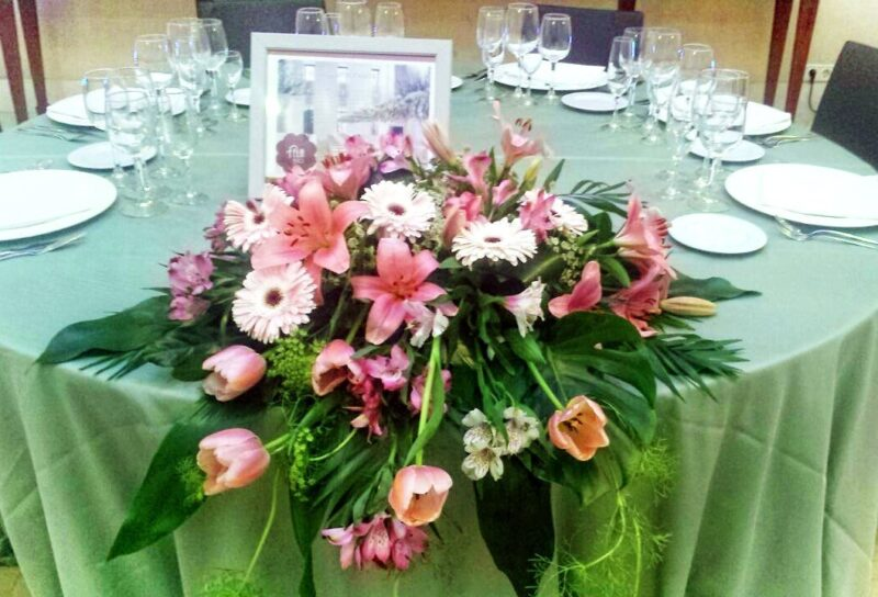 Flores para mesas de novios