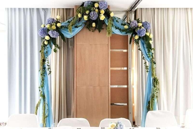 Flores para banquetes - arco de flores
