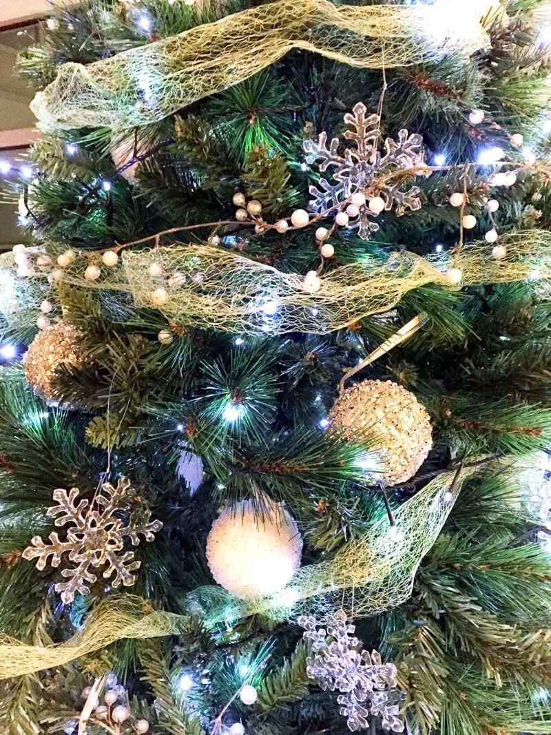 Detalle Árbol de navidad en tono azul