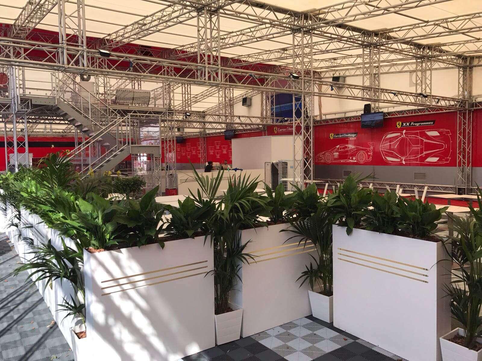 Decoración de eventos Ferrari
