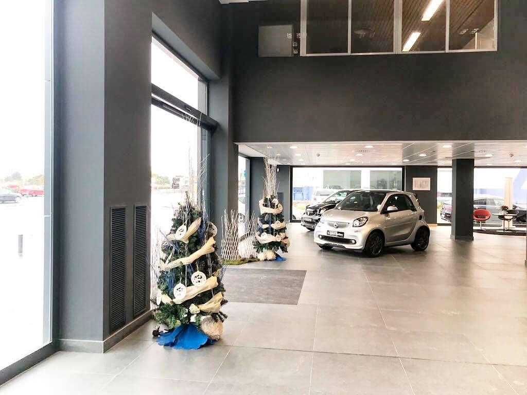 Decoración navideña para tiendas
